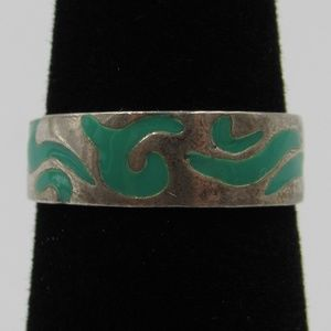 Vintage Size 3.25 Sterling Petite Green Inlay Ring